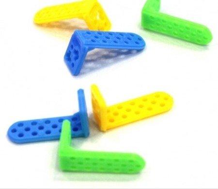 Plastikowy łącznik elementów w kształcie L - do budowy robotów i projektów DIY