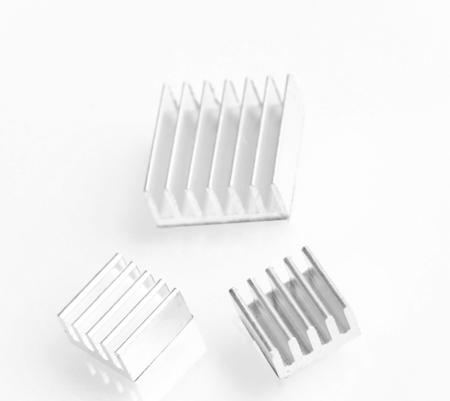 Radiatory do Raspberry Pi - komplet samoprzylepnych radiatorów 3-szt