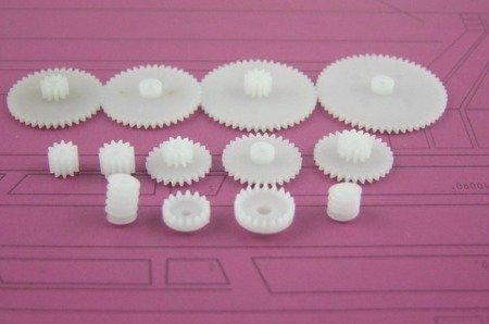 Zestaw 13 kół zębatych i zębatek - do silniczków elektrycznych